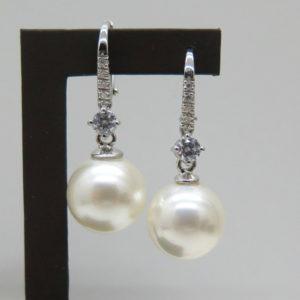 Orecchini perla pendenti in argento 925 e pietre zirconi