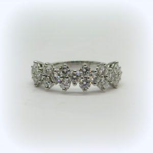 Anello in oro bianco 18 ct e diamanti