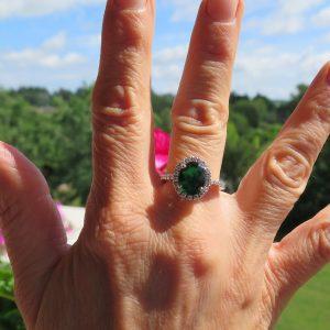 Anello contorno in argento pietra verde