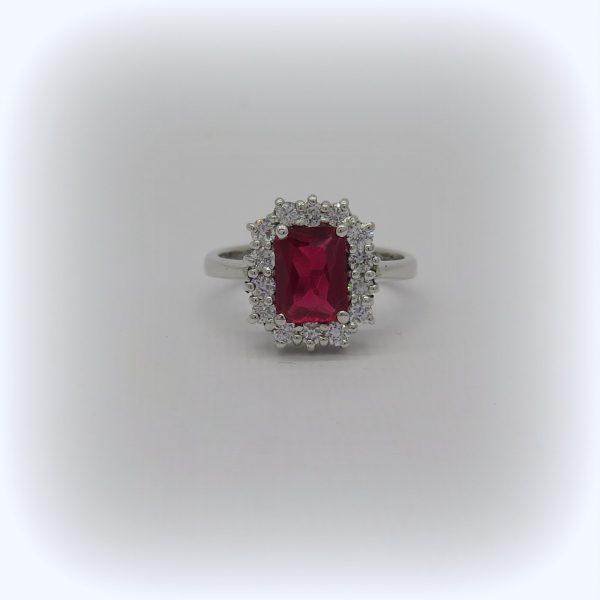 Anello contorno pietra rettangolare rossa in argento 925
