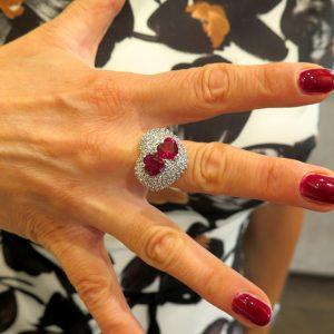 Anello cuore con cuori rossi in argento 925